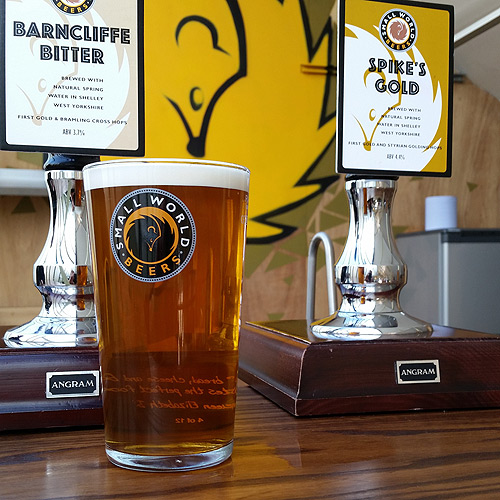barncliffe bitter and spike's gold beer pumps
